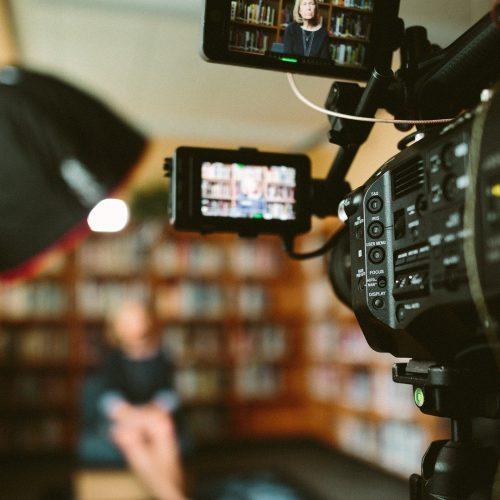 ¿Cuánto tiempo se tarda en crear un vídeo coporativo?
